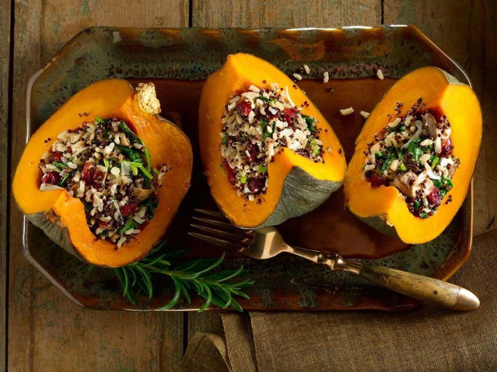 quinoa-and-mushroom-stuffed-squash-with-kale